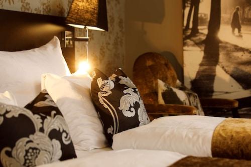 . Saga Hotel Oslo, BW Premier Collection