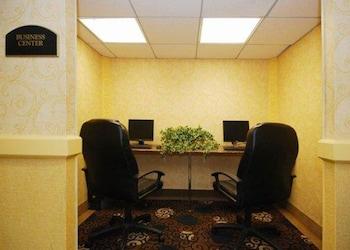 Business Center at Quality Inn & Suites Bensalem in Bensalem