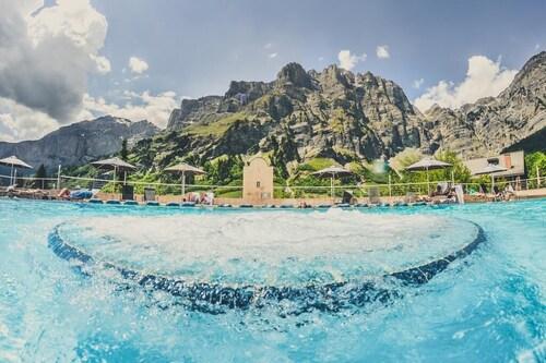 . Thermalhotels & Walliser Alpentherme Spa