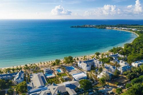 . RIU Palace Tropical Bay All Inclusive