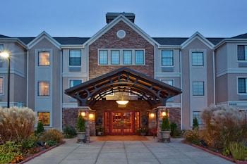 Hotel - Staybridge Suites Grand Rapids-Kentwood