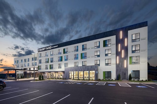 Courtyard by Marriott Russellville, Pope