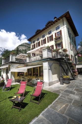 __{offers.Best_flights}__ Villa Novecento Romantic Hotel