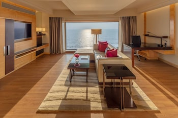 Suite, 1 Bedroom, Non Smoking, Ocean View (Sunset Suite)