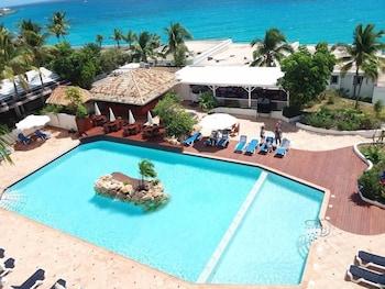 Hotel - Sapphire Beach Club Resort
