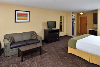 Suite, 1 King Bed, Non Smoking (Whirlpool)