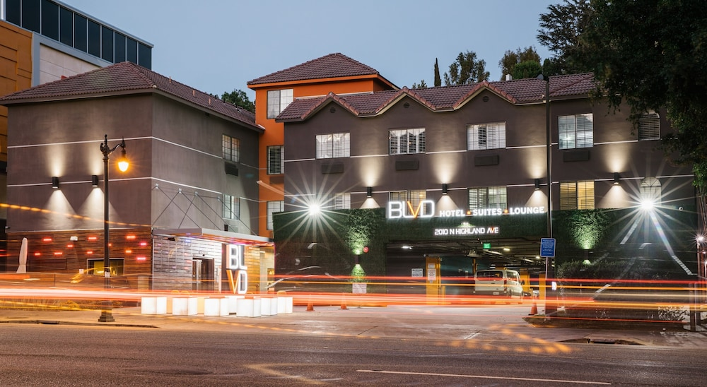 BLVD Hotel & Suites-Walking Distance to Hollywood Walk of Fame