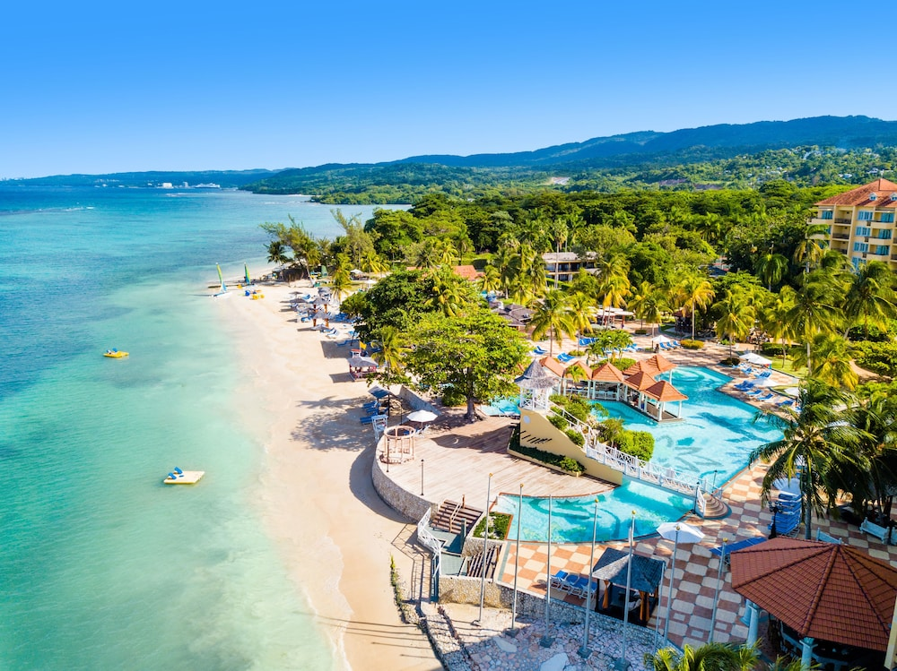Jewel Dunns River Resort All Inclusive Curio by Hilton   Adults Only