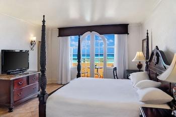 Sapphire Ocean View Guest Room