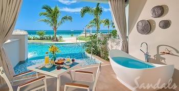Luxury Suite, 1 Bedroom, Ocean View (Beachfront Swim-up Super Luxe)