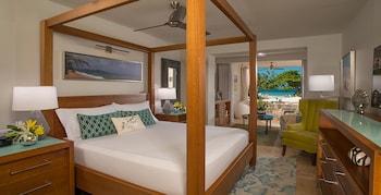 Honeymoon Suite, 1 Bedroom, Ocean View (Beachfront Honeymoon Walkout)