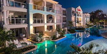 Luxury Room, 1 Bedroom, Pool View (Crystal Lagoon Swim-Up)
