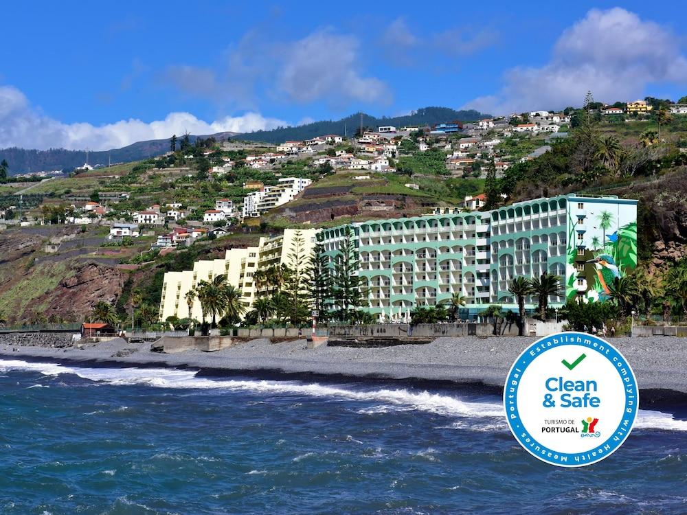 Pestana Ocean Bay Resort, Featured Image