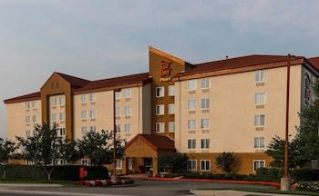 長島紅屋頂普拉斯飯店 - 花園市 Red Roof Inn PLUS+ Long Island - Garden City