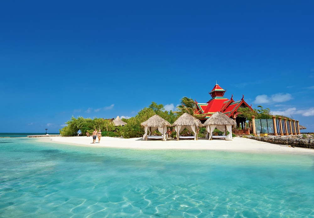 01feb8fdaeb9c Sandals Royal Caribbean and Private Island All Inclusive Couples Only