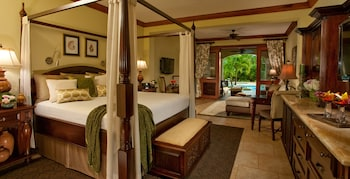 Honeymoon Suite, 1 Bedroom, Garden View (Swim-up Crystal Lagoon  Butler Suite)