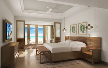 Luxury Suite, 1 Bedroom, Sea View (Beachfront Walkout Butler Suite)
