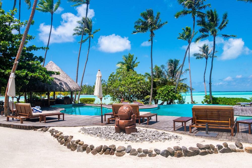 https://i.travelapi.com/hotels/1000000/870000/867200/867189/4ecfcd1e_z.jpg