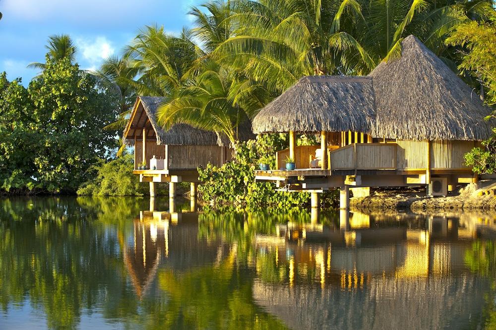 https://i.travelapi.com/hotels/1000000/870000/867200/867189/9614d500_z.jpg