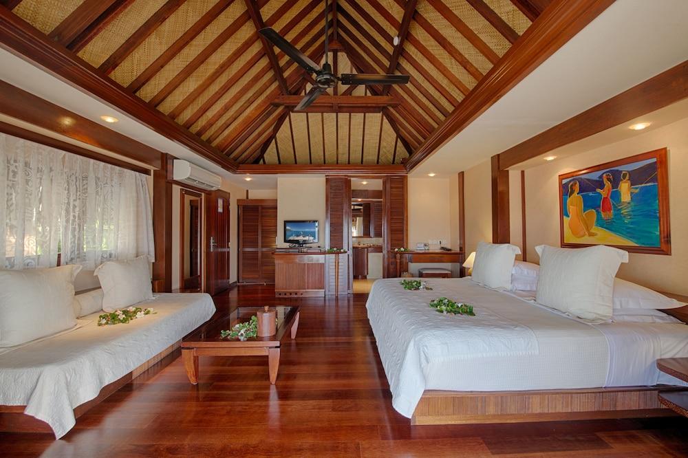 https://i.travelapi.com/hotels/1000000/870000/867200/867190/6483eef4_z.jpg