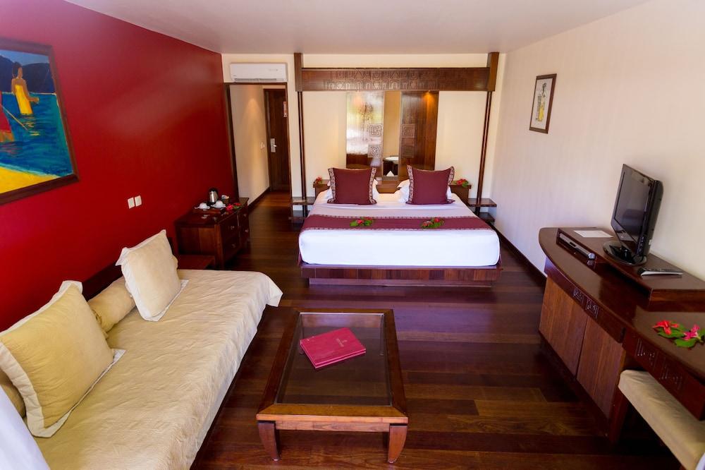 https://i.travelapi.com/hotels/1000000/870000/867200/867190/c40f171c_z.jpg