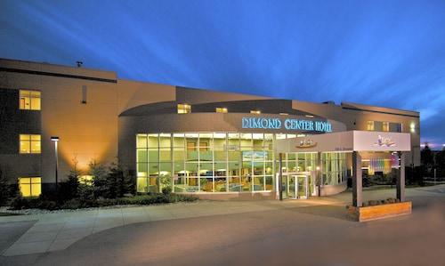 . Dimond Center Hotel