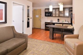 Suite, 1 Bedroom, Accessible (1 Queen, Mobil Tub)