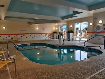 阿克倫南萬豪費爾菲爾德套房飯店 Fairfield Inn & Suites by Marriott Akron-South