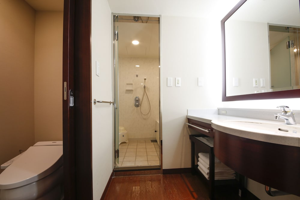 호텔 케이한 유니버설 타워(Hotel Keihan Universal Tower) Hotel Image 36 - Bathroom