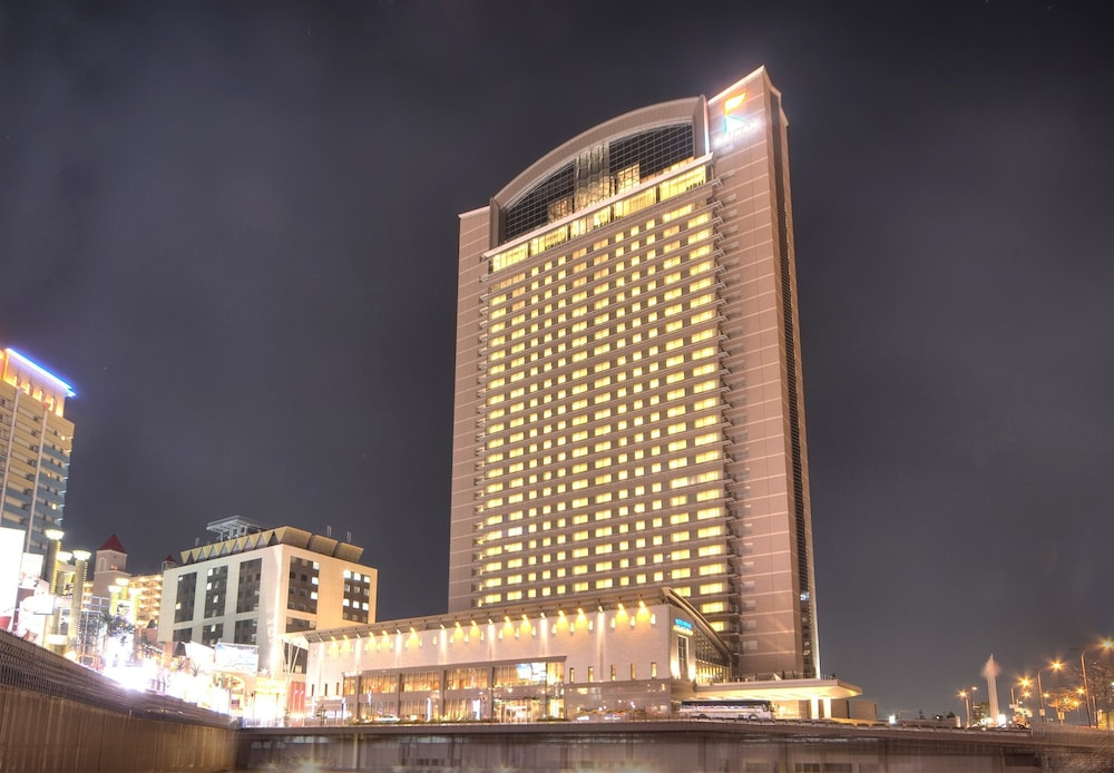 호텔 케이한 유니버설 타워(Hotel Keihan Universal Tower) Hotel Image 73 - Hotel Front - Evening/Night