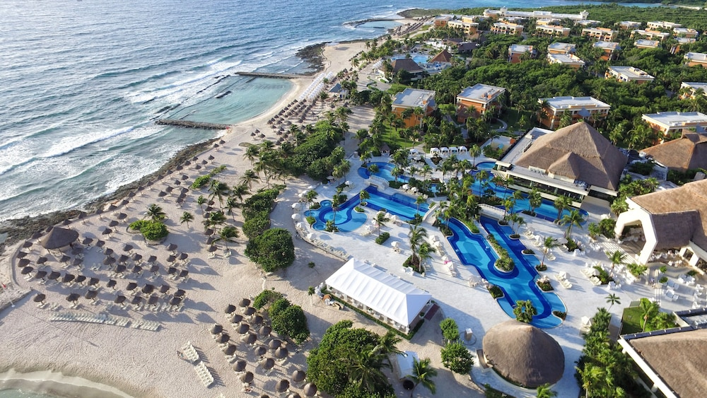 Bahia Principe Luxury Akumal - All Inclusive, Featured Image