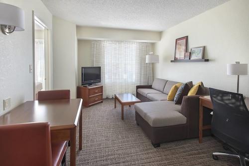 . Residence Inn By Marriott Long Island Hauppauge