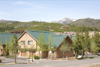 Hotel - Big Horn Condos at Big Sky Resort