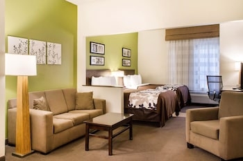 Suite, Non Smoking (2 Queen beds with 2 Person Sofa bed)