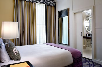 Suite, 1 King Bed with Sofa bed (Majestic)