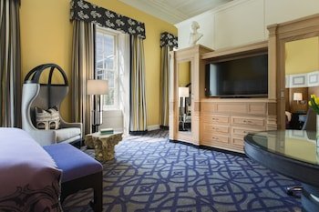 Room (Monte Carlo)