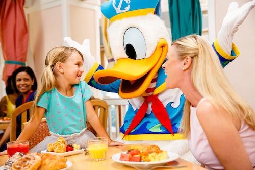 Disney's Beach Club Resort image 15