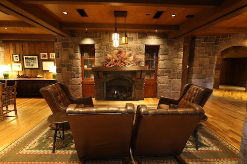 Disney's Wilderness Lodge image 6