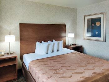 東弗拉格斯塔夫 I-40 凱藝飯店 Quality Inn Flagstaff East I-40