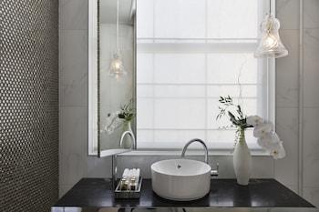 Hotel Grand Windsor MGallery by Sofitel - Bathroom  - #0