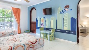 Family Junior Suite ( Better Together)