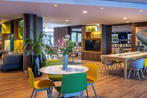 . Holiday Inn Toulouse Airport