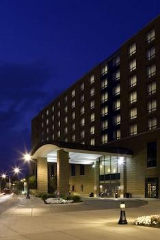 布萊克威爾飯店暨法爾會議中心 The Blackwell Inn and Pfahl Conference Center