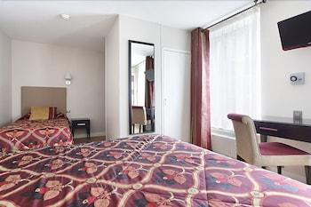 Classic Triple Room, Private Bathroom