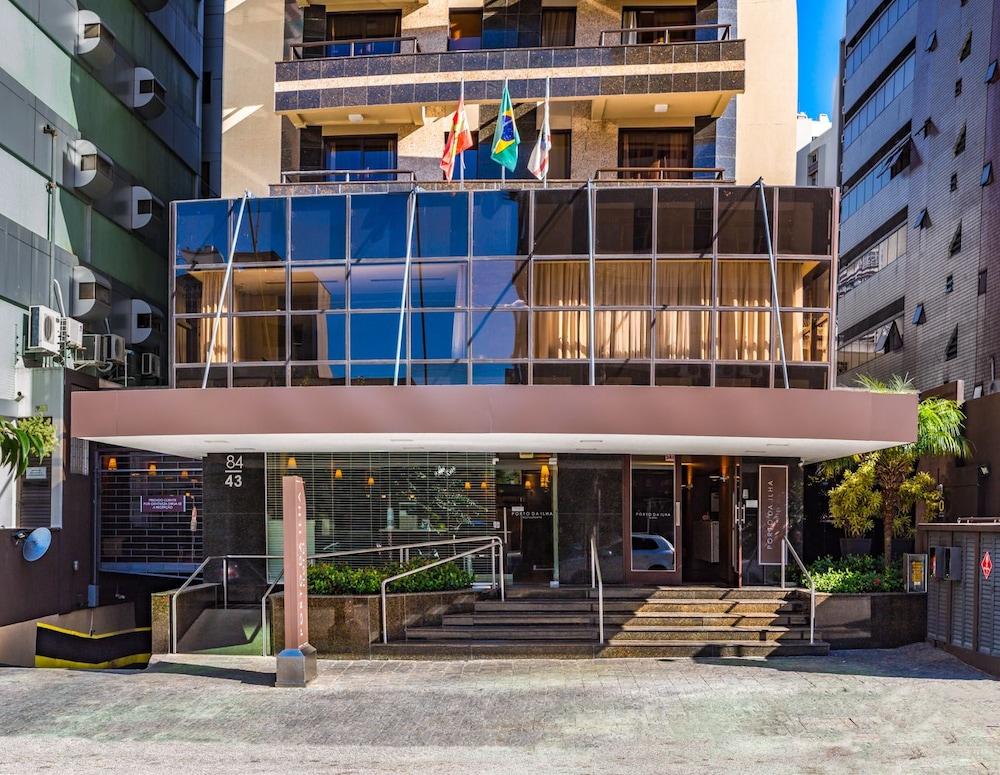 호텔 포르토 다 일하(Hotel Porto da Ilha) Hotel Image 36 - Hotel Front