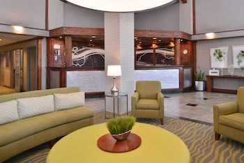 Lobby at Best Western Irving Inn & Suites at DFW Airport in Irving