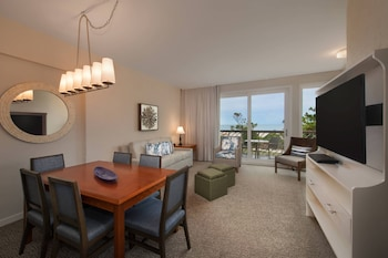 In-Room Dining at Marriott's Monarch at Sea Pines in Hilton Head Island