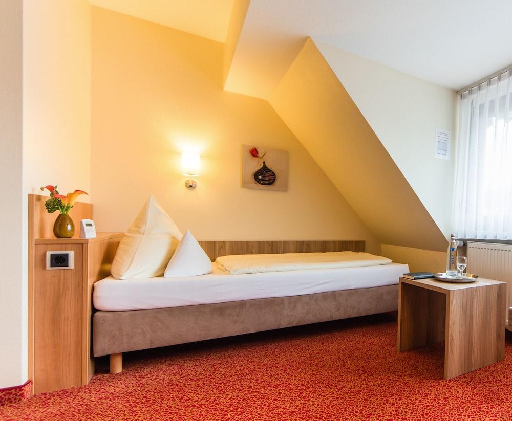 앰비언트 호텔 암 유로파카날(Ambient Hotel Am Europakanal) Hotel Image 30 - In-Room Amenity