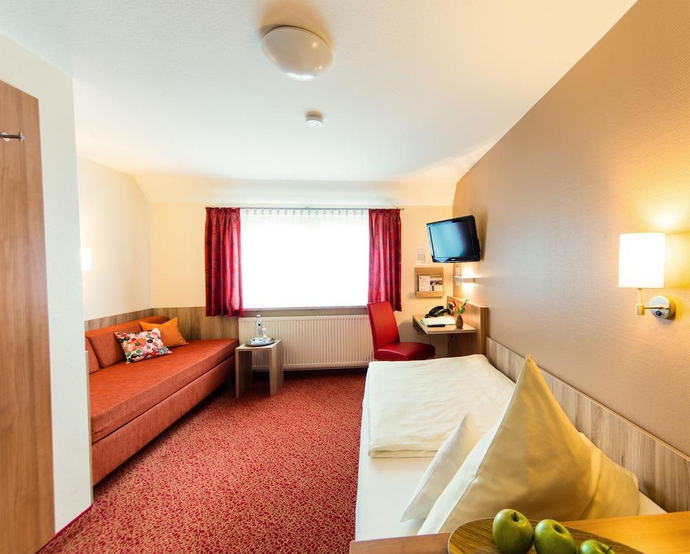 앰비언트 호텔 암 유로파카날(Ambient Hotel Am Europakanal) Hotel Image 31 - In-Room Amenity