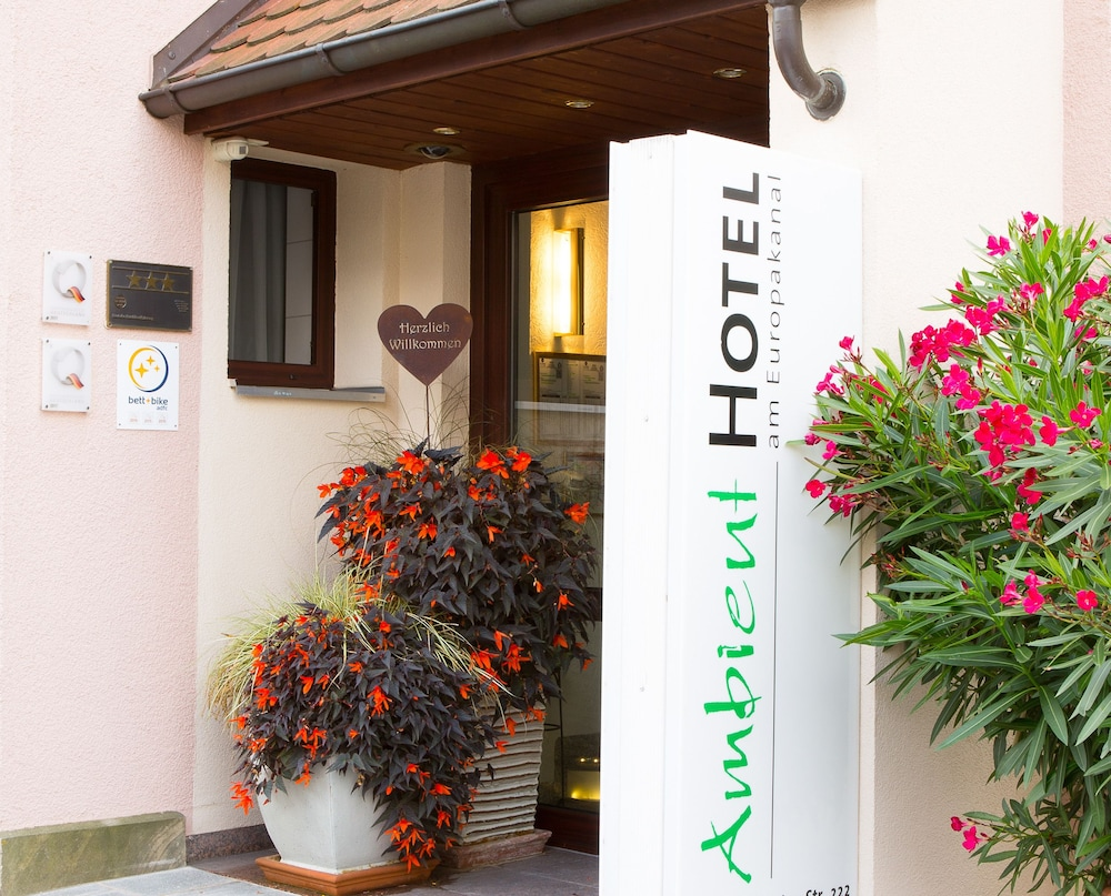 앰비언트 호텔 암 유로파카날(Ambient Hotel Am Europakanal) Hotel Image 43 - Hotel Entrance